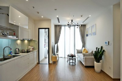 *Enjoy Amazing Sunny 2 Bedroom Apartment for rent in vinhomes Skylake Pham Hung*