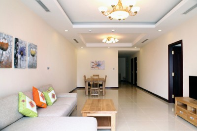 Spacious Two bedroom apartment for rent in R2, Vinhomes Royal City